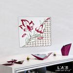 Quadri Floreali </br> Colore: panna - decoro fiore bordeaux </br> Codice: SI-075Q | Misura: 90x90 cm