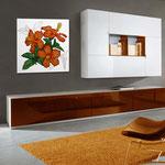 Quadri Floreali </br> Colore: bianco - decoro fiore arancio  </br> Codice: SI-102CQ | Misura: 90x90 cm  </br> Codice: SI-102CQ-S | Misura: 45x45 cm