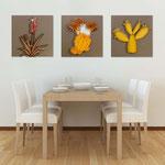 Quadri Floreali </br> Colore: grigio marrone - decoro piante rosso arancio  </br> Codice: SI-127 | Misura: tris 45x45 cm/cad