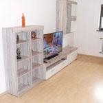 """Ferienwohnung Butterfly - Wohnwand mit 48 """" TV"""