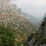 die atemberaubende Vikos-Schlucht (NW-Griechenland)