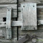 Antico lucchetto in legno (AQ)
