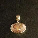 Ketteanhänger mit Feueropal in Gold