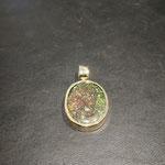 Kettenanhänger in Gold mit Andamooka Opal