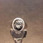 Herrenring in Silber mit Hämatit (Kettenstein) angefertigt