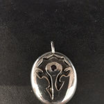 Silberanhänger mit Granat
