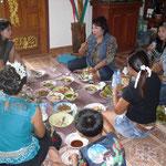 Essen bei Peter Wildschweingulasch und Thaiessen