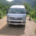 Unser  Minibus für die Fahrt von und nach Phitsanulok