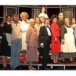 """<font size=""""2""""><i>Acht Frauen (Produktion Komödie im Bayrischen Hof, München, 2007) Foto: Winfried Rabanus</i></font>"""