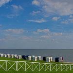 Strandkörbe am Südstrand in Wilhelmshaven
