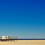Strandkörbe auf Pfählen