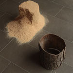 Castelli di sabbia I, 2013, segatura e legno, misure variabili