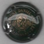 CAILLEZ Daniel   N°  2    vert foncé et or