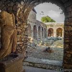 Antiquarium o Open Air Museum all'interno del Balık Pazarı (mercato del pesce) - Statuta di Dionisio