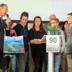 Le collège du Ponthieu d'Abbeville vainqueur 2013 pour sa première participation (à gauche le Président du Conseil général Christian Manable, à droite le Maire d'Airaines Jean-Luc Lefèbvre)