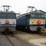 左;119 右;87 (2009年10月)