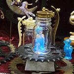 【Piece 様】In WonderLand ~Drink Me~ こちらの作品はいつも幻想的でディスプレイに世界観が溢れていて素敵です。 [http://piece1996.web.fc2.com/]