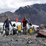 day-464 // Pastoruri Glacier (5005m), Parque Nacional Huascarán, Peru - 11.09.2014 (km 17'238)