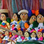 poupées artisanales / beautiful dolls