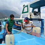 transfert de carburant / gaz station on the lake