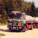 Daimler-Benz LP 1624 Jg.02.1971 240PS 6Zyl.in Reihe über Vorderachse mit Mineralöltank (Alu.je2Kammerig,je 6000lt.) +12To.Hänger (beide LAG)beide Blattgefedert