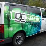 Beschriftung Firmenfahrzeuge GGElektro
