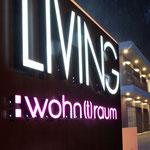 LED Leuchtschrift mit WOW-Effekt für Living Wohntraum in Mayrhofen, Tirol