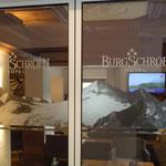 Glasdekor Eingangstüre Hotel Burgschrofn, Tux