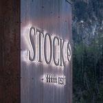 Dezente Leuchtschrift Stock Resort, Finkenberg im Zillertal