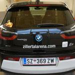 Flotte Beklebung für den neuen BMWi3 der Zillertal Arena