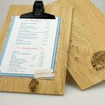 Echt edel: Speisekarten-Klemmbretter aus feinstem Eichenholz, mit Lasergravur