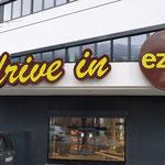 3D-Schriften und Schilder EZEB-Drive-In Schwaz