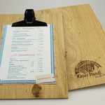 Echt edel: Klemmbretter aus feinstem Eichenholz mit Lasergravur