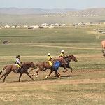 Kinder-Pferderennen