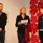 Jeremiah Tesolin (Marimekko), Botschafterin von Finnland Päivi Luostarinen, Alina Heinze (Leiterin des Museums THE KENNEDYS)