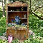 Pfarrhof mit offenem Garten