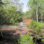 Mitten durch die Badewanne der Aboriginals gefahren ;-)