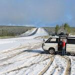 Alsaka Highway nördlich von Fort St. Johnes