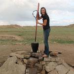 Wasser gibnt es an Brunnen in der Wüste
