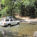 Eine der unzähligen Flussquerungen