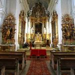 Kirche vor der Trauung