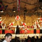 """Spitzenleistung zeigte die Tanzgruppe Kammerkätzchen und Kammerdiener der """"Alten Kölner Karnevalsgesellschaft Schnüsse Tring""""."""