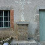St Laurent Rochefort - Croix vers l'école