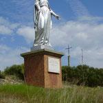 St Laurent Rochefort - Vierge au dessus du village