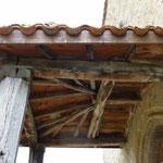 Rochefort - Auvent du portail (galinière)
