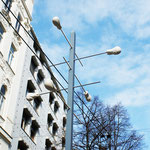 """All along the Watchtower""  Installation (5 Horsus -Sewacryl),  Taborstraße: Diese Straße ist Kunst"