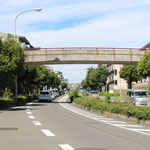 2-2-5車道と分離した自転車・歩行者専用の歩道橋