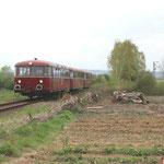 VT98 verlässt den Bahnhof Klein Mahner in Richtung Salzgitter Bad