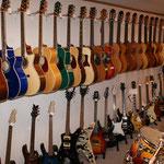 Klassik, Western, E-Gitarren, E-Bässe