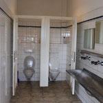 Waschraum/WCs